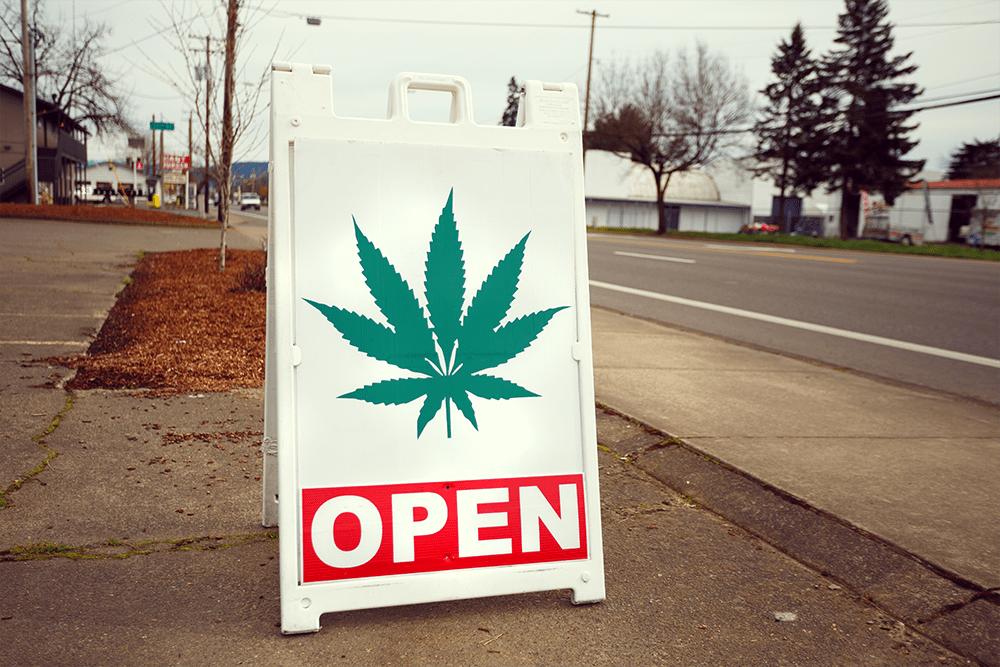 Joshua Rainey Shutterstock cannabis Legalización EE.UU. Estado de California La legalización de la Marihuana Medicinal Gobierno Federal Cannabis Golden State Miroir verde