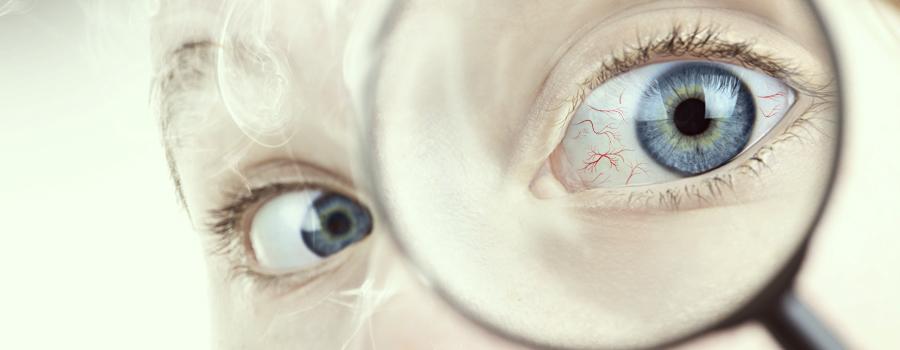 Ojos rojos de cannabis hipertensión