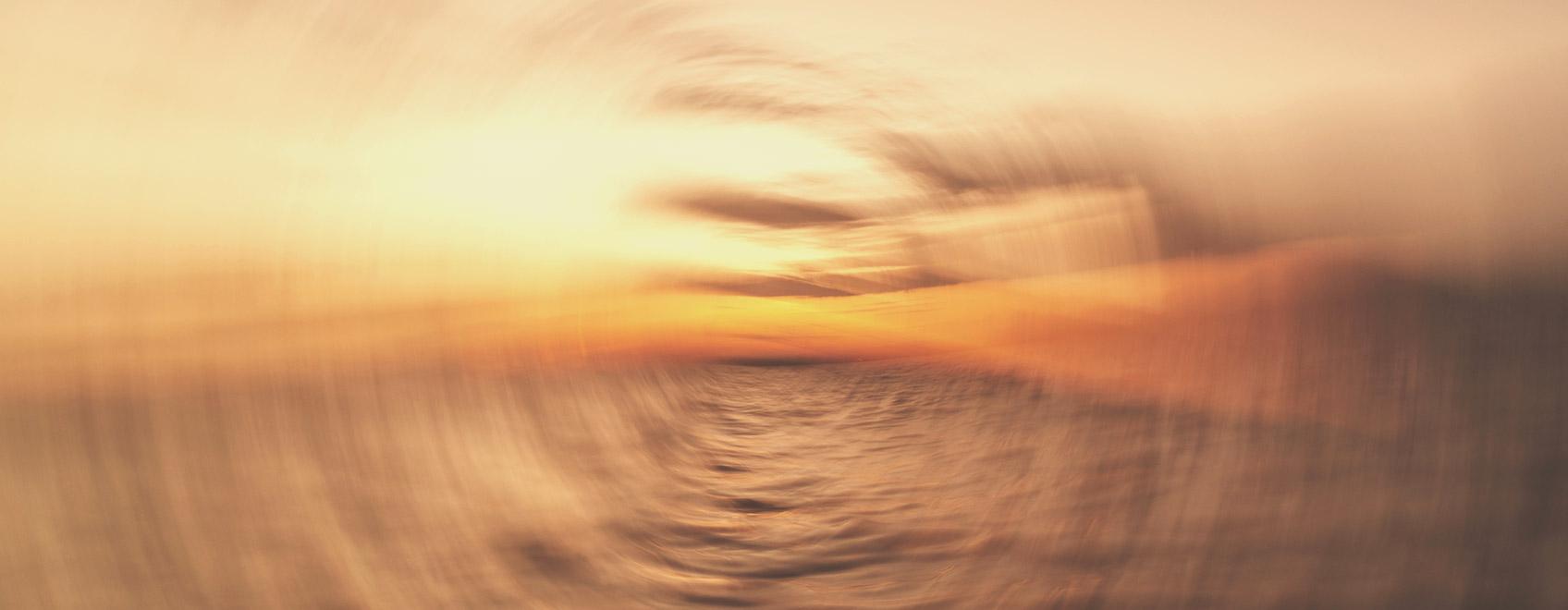 ¿Cuál es la causa del mareo del viajero?
